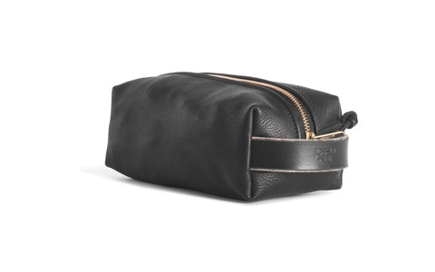 Dopp Kit in Black Leather